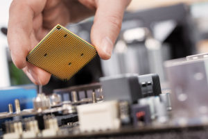 CPU auf Mainboard montieren